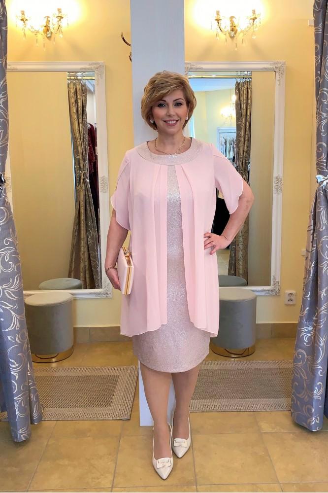 Ružové šaty so šifónom pre svadobnú mamu
