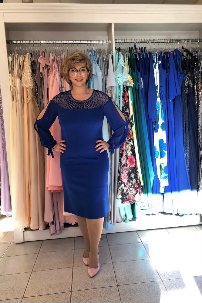 Kraľovské modré puzdrové šaty s tylovým rukávom