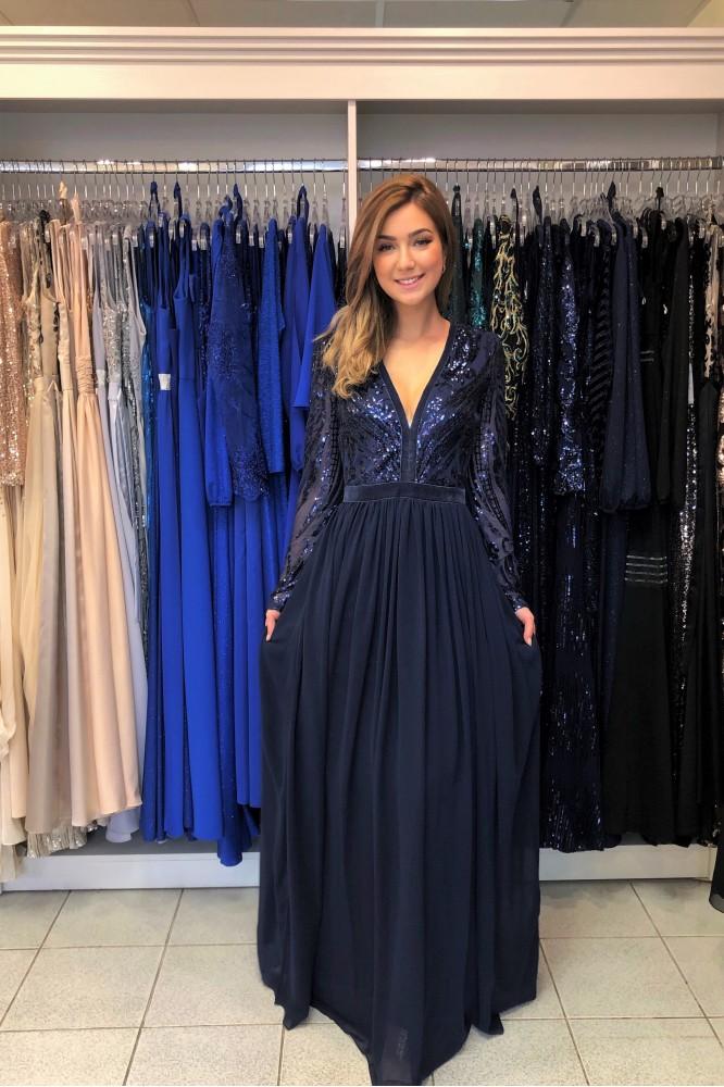 Tmavo-modré spoločenské šaty s áčkovou sukňou