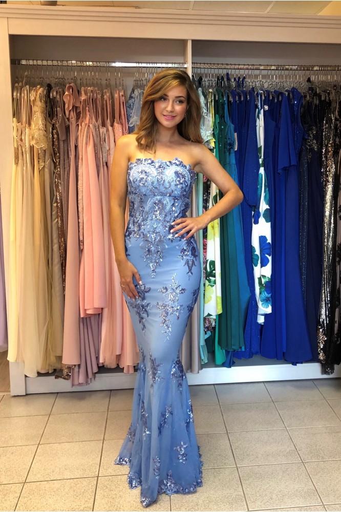 Dlhé modré obtiahnuté šaty s flitrami