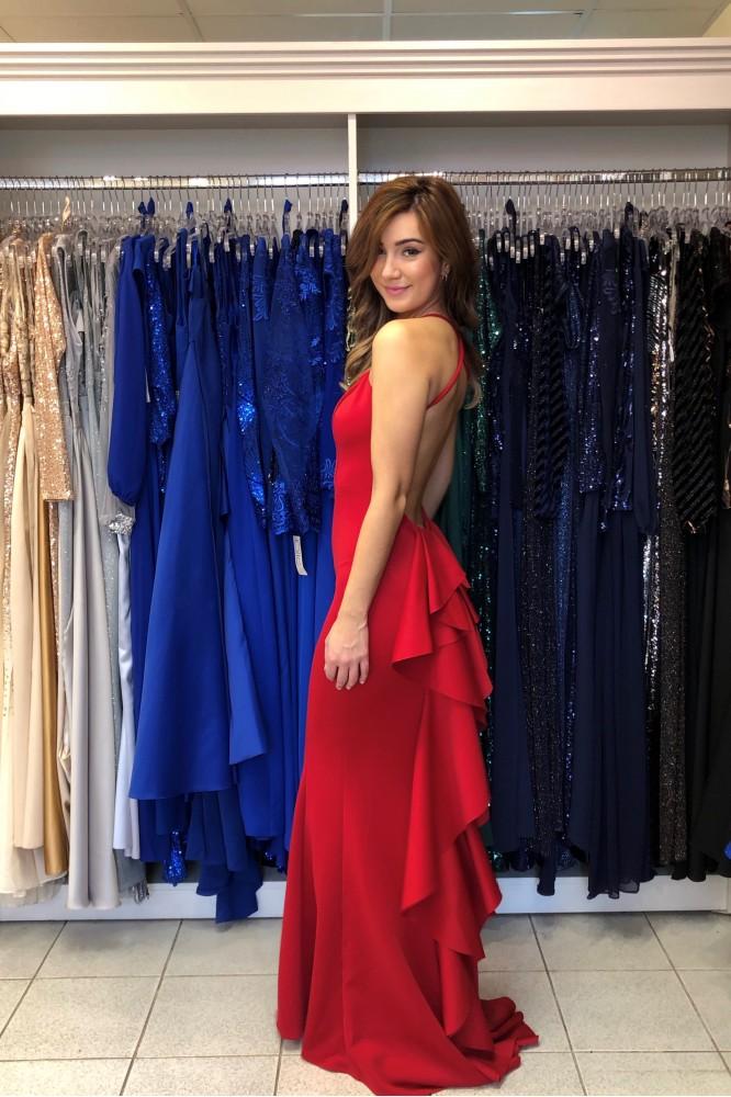 Červené spoločenské šaty s odhaleným chrbátom