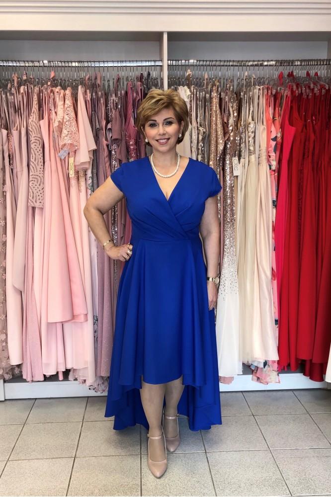 Asymetrické modré spoločenské šaty