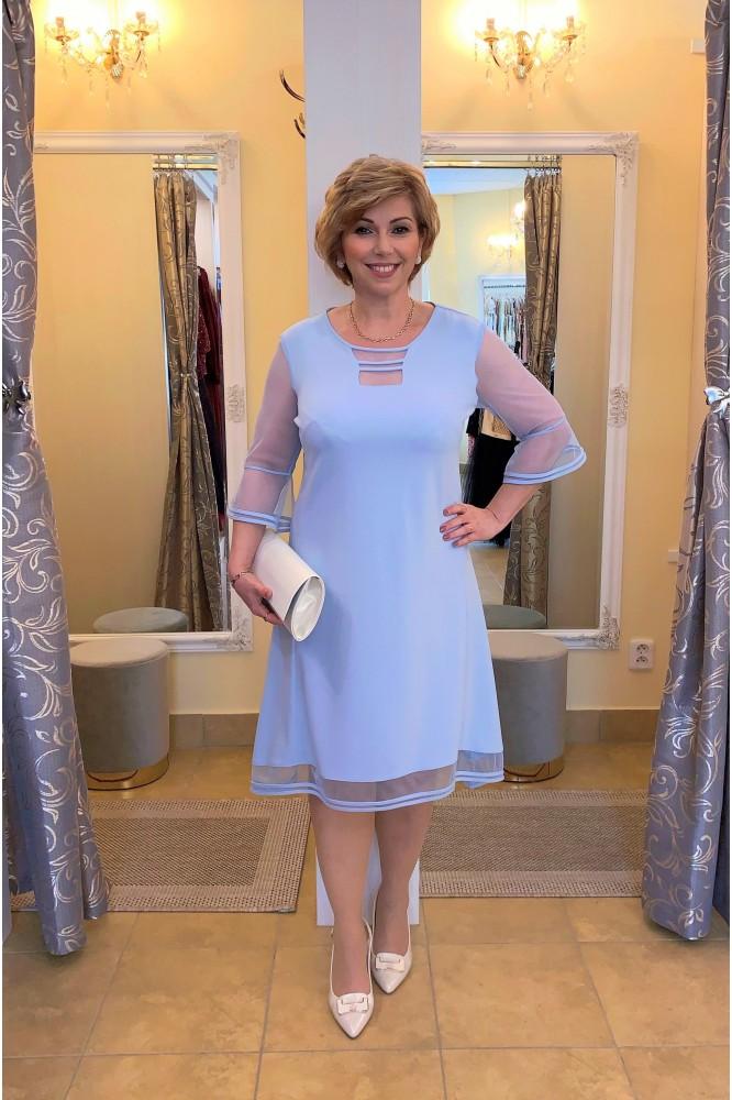 Svetlo-modré šaty s padavou áčkovou sukňou
