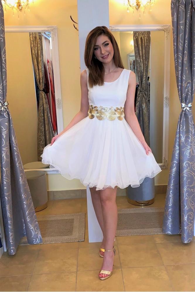 Biele krátke tylové šaty pre nevestu
