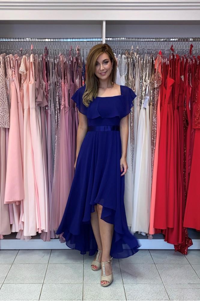 Asymetrické modré spoločenské šaty zo šifónu