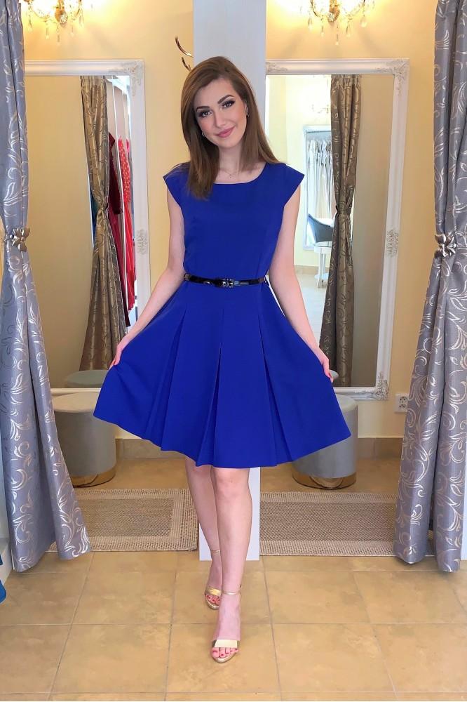 Modré krátke áčkové šaty s opaskom