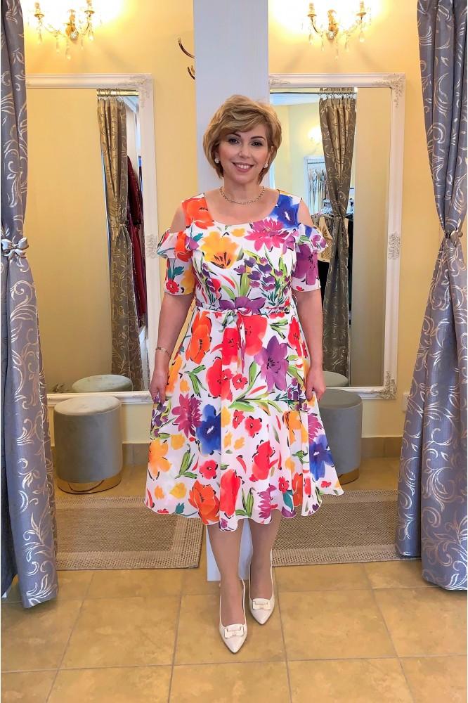 Áčkové šifónové šaty s kvetmi plus size