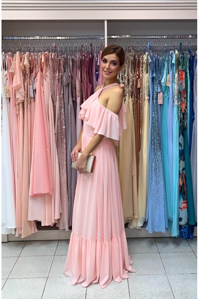 Dlhé ružové spoločenské šaty s volánom