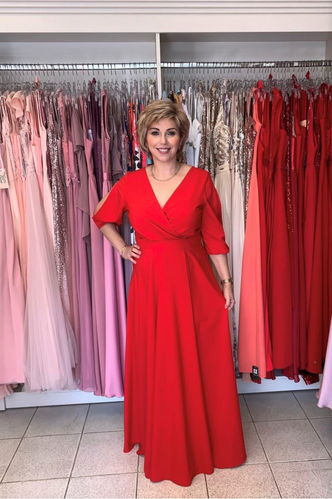 Spoločenské červené šaty s rukávom plus size