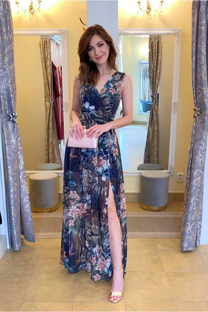 Dlhé modré šifónové šaty s kvetmi