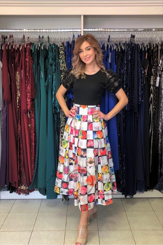 Vzorovaná midi sukňa so spodničkou